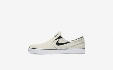 Ανδρικά αθλητικά παπούτσια Nike sb zoom stefan janoski slip-on men light bone/λευκό/μαύρο/μαύρο 833564-032