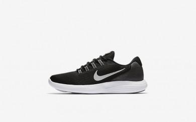 Ανδρικά αθλητικά παπούτσια Nike lunar converge men μαύρο/ανθρακί/λευκό/matte silver 852462-403
