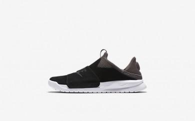 Ανδρικά αθλητικά παπούτσια Nike benassi slip men μαύρο/dark mushroom/λευκό/μαύρο 882410-542