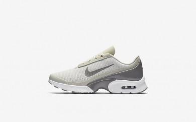 Η κα πάνινα παπούτσια Nike air max jewell women light bone/λευκό/dust 896194-003